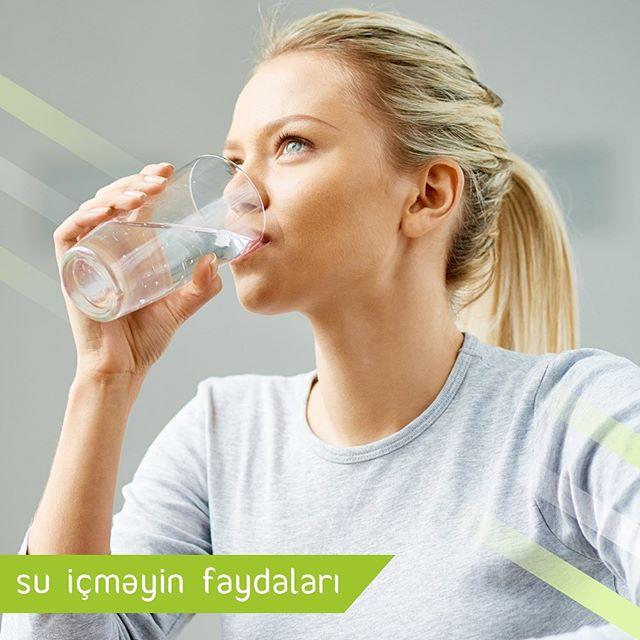 Ac qarnına su qəbul etməyin faydaları